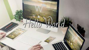 שולחן עבודה עם כלי פרודוקטיביות - שלום עולם